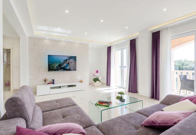 in Prizba - Apartment Marin
